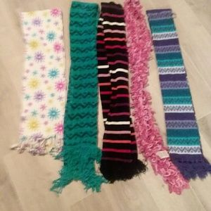 Accessories - 5 winter scarf bundle